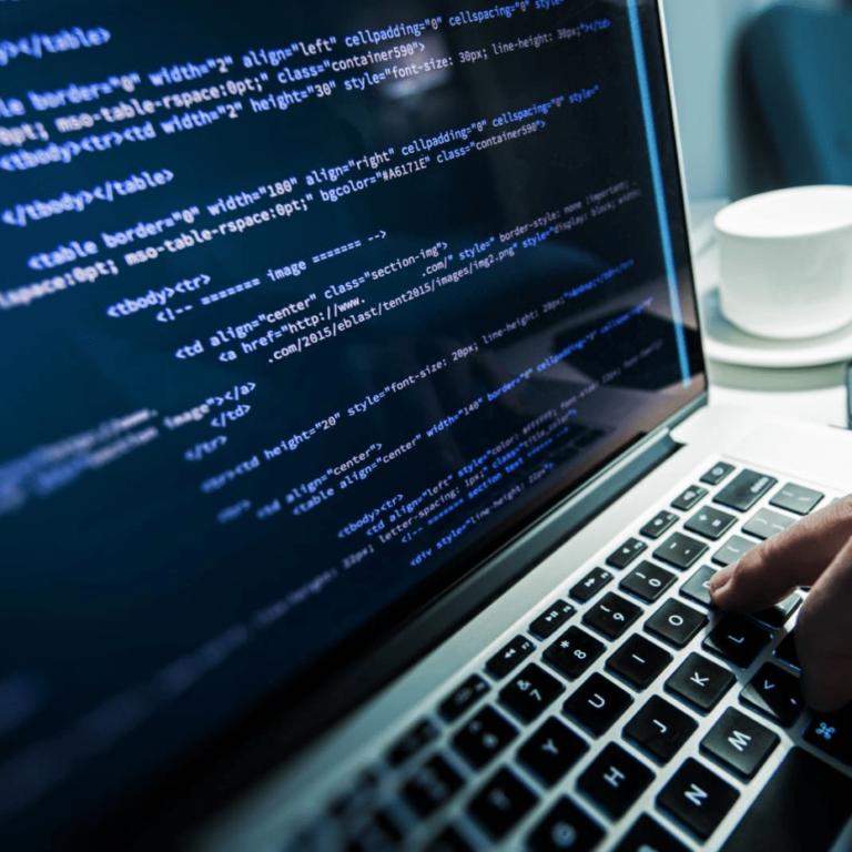 Как заработать на программировании в интернете: удалённые контракты или же фриланс?